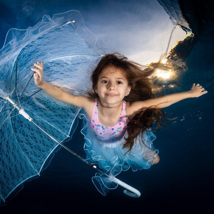 Подводна фотография - деца
